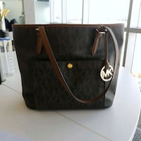 Authentic Michael Kors Tote purse  Guelph