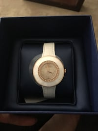 roundgold analog watch with white leather strap San Jose, 95120