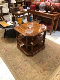 Pa House 2 tiered end table Frederick