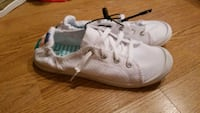 NEW size 7 womens shoes Concord, 94520