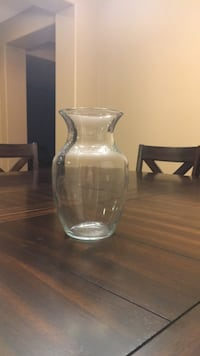 clear glass vase with lid Palmdale, 93551