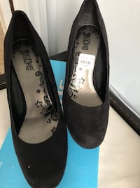 Size 10 women's shoes Dorval, H4Y