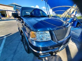 2004 Ford Expedition XLT 5.4 L 4x2