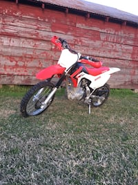 White and red motocross dirt bike Church Point, 70525