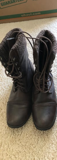 Size 7 BROWN Combat Boots Cheney, 99004