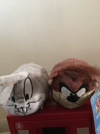Bugs Bunny and Taz bolster pillows Los Angeles, 91343