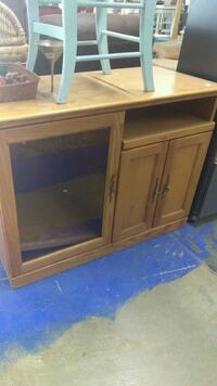 Tv/kitchen cabinet El Paso, 79905