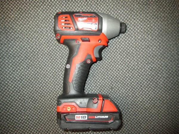 Used 18v Milwaukee Impact Driver And Battery For In Anchorage Ak Usa Letgo