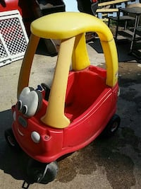Intact cozy coupe Chesterfield, 48051