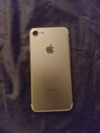 gold iPhone 7 Waltham, 02452
