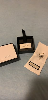 Authentic Gucci ring Milton, L9T 8B6