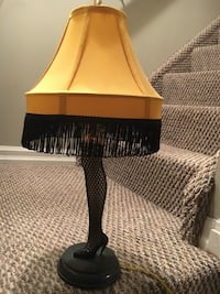 """Attractive Christmas Story 20"""" Table Lamp  502 km"""