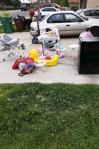 Toys baby clothes fridge an other stuff take all for 250