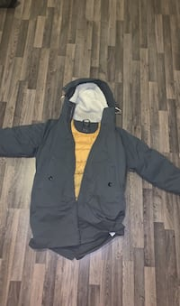 Selling large winter parka(Abercrombie and Fintch)for 100(negotiatable Oakville, L6H