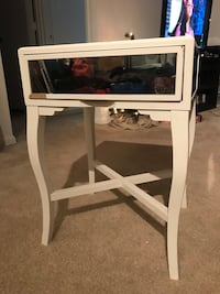 Mirrored Nightstand End Table 44 km