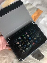 kindle fire with case Burnaby, V5J 4A7