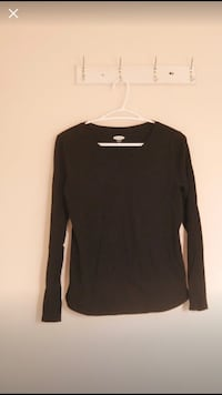Sweater Size S Mississauga, L4Z 3G6