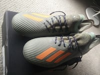 Men size 10 x19.1 adidas soccer shoes Toronto, M6G 1N7