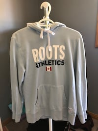Roots athletics sweater Winnipeg, R2V