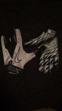nike football gloves Champlin, 55316