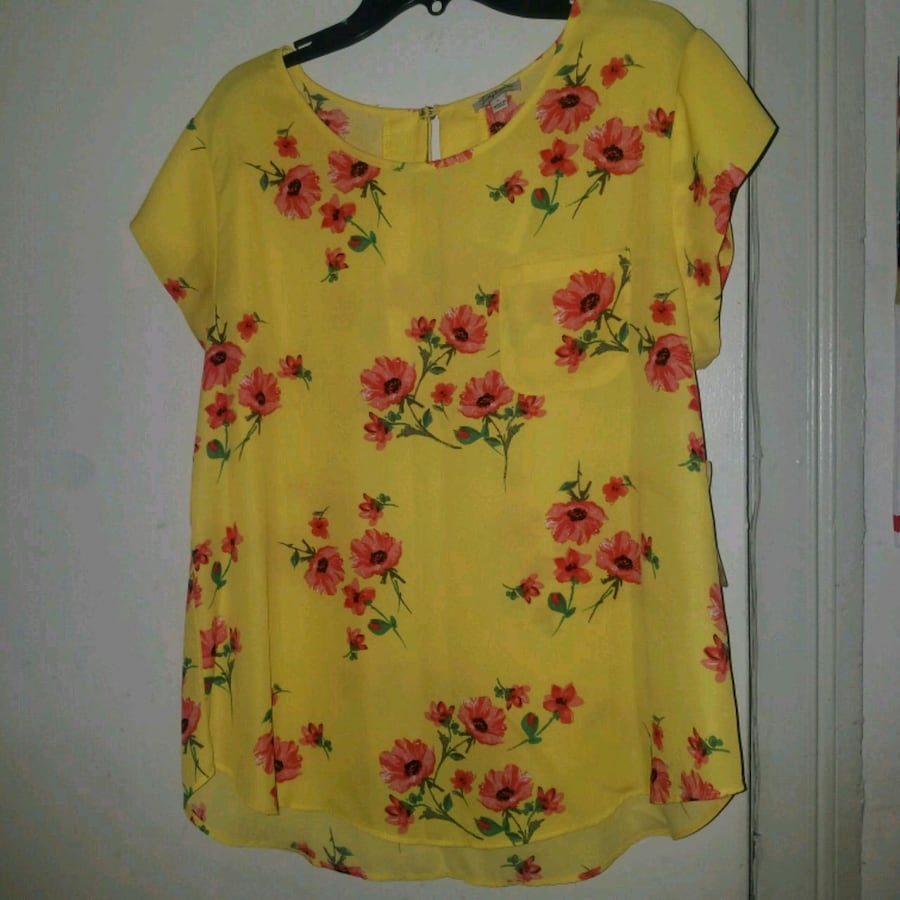 Yellow flower shirt