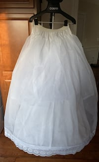 Petticoat for gowns. One size elastic waste Chantilly, 20152