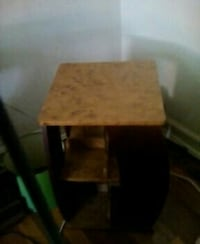 Turning end table with 8 small shelves Seven Corners, 22044