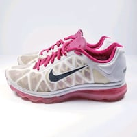 Nike air max running shoes Size 9 women's  Vancouver, V6B 6R5