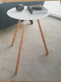 Brand new in box end table  Rocky View No. 44, T3R 1B5