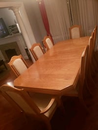 8 chair dining room set with hutch