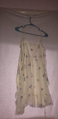 Abercrombie and Fitch dress Wenatchee, 98801