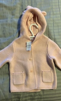Baby Gap Pink sweater size 6-12 months Mississauga, L5B