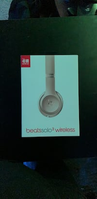 Beats Solo3 Wireless (BRAND NEW)
