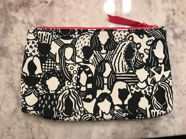 4b5f18be9bcd Used Black and white make up bag for sale in Kelowna - letgo
