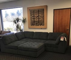 Sectional & Free Ottoman