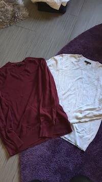 Men's Grey & Maroon Banana Republic Sweaters (large)  Alexandria, 22312