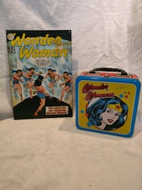 Wonder woman collectibles. Boston, 02128