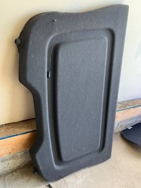 Ford Focus Cargo Cover