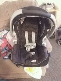 baby's black and gray car seat carrier Calgary, T3C 0V8
