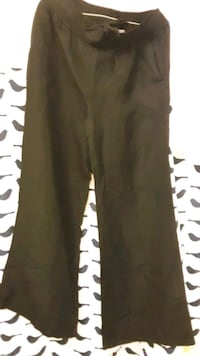 Brand new wmns size large DKNY dress pants