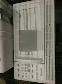 white GE microwave oven Somers Point, 08244