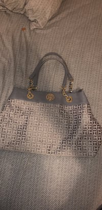 Tommy Hilfiger Hand Bag Farmington, 84025