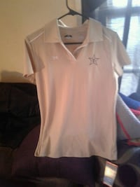 new,with tags, ladies,under armour blouse,sz med Lexington, 40503