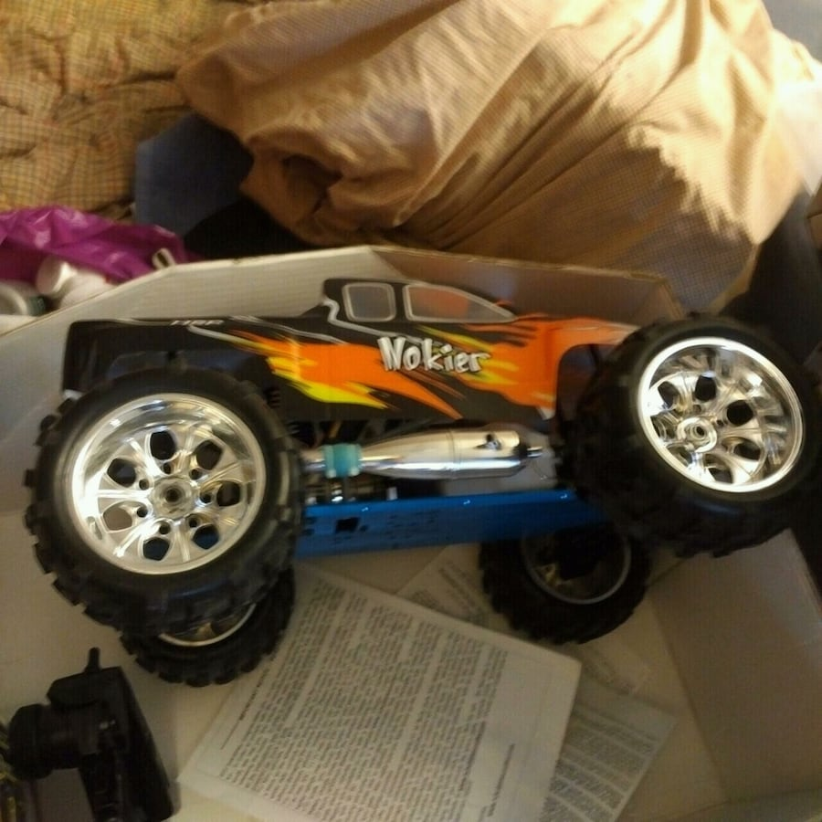 Nitro Powered 1/8 Scale Rc Truck.Brand New.