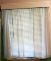 Mint green sheer panel with Rod 2262 mi