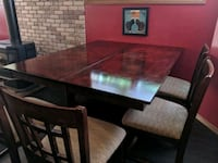 Solid wood dining table & 6 chairs Saint George, N0E 1N0