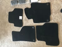 NEW VW CC CARPET FLOOR MATS AND CARGO MANAGEMENT PLUS HALF COOLANT. Everything for $80 Arlington, 22204