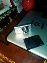 Canon power shot ELPH 180 .Perfect condition with  Unicoi, 37692