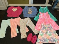 GIRLS LOT SIZE 4/5 PLAY CLOTHES All for $10 Toronto