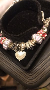Pandora style braclet new Virginia Beach, 23451